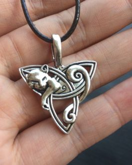 Adogeo 1pc Celtics Fox wolf eagle Pendant Necklace Men's Viking Necklace Jewelry Triquetra Fenrir Irish Knot Amulet Necklace Gothic