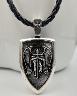 Adogeo 1pcs Men Necklace Archangel St.Michael Protect Me Saint Shield Protection Pendant Jewelry Charm Necklace Talisman